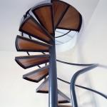scale in ferro, a chiocciola con pedate in legno-style wood-alfascale