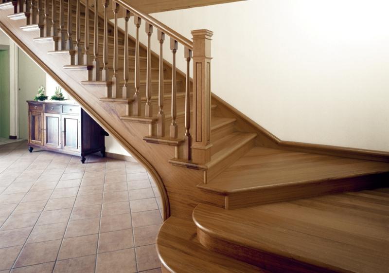 Scale in legno per interni classiche mod a alfa scale - Legno per scale ...