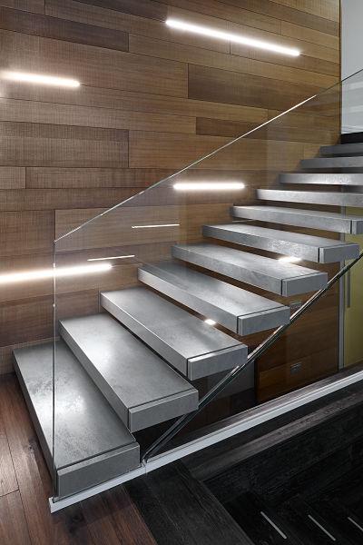 Scala interna a sbalzo realizzazioniafascale - Illuminazione scale interne led ...